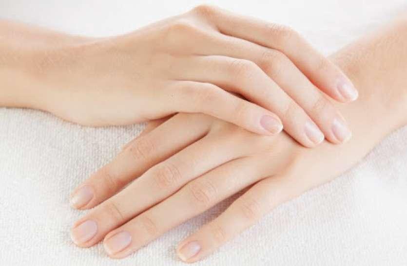 Hand Care Natural Remedies: हाथों को हमेशा मुलायम बनाए रखने के लिए अपनाएं यह तरीका