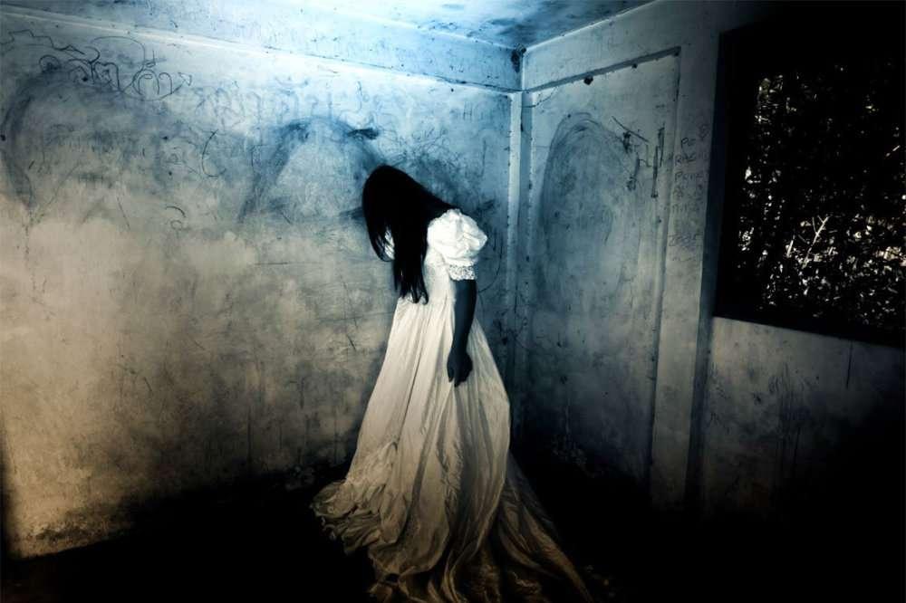 hungarian-games-haunted-room.jpg