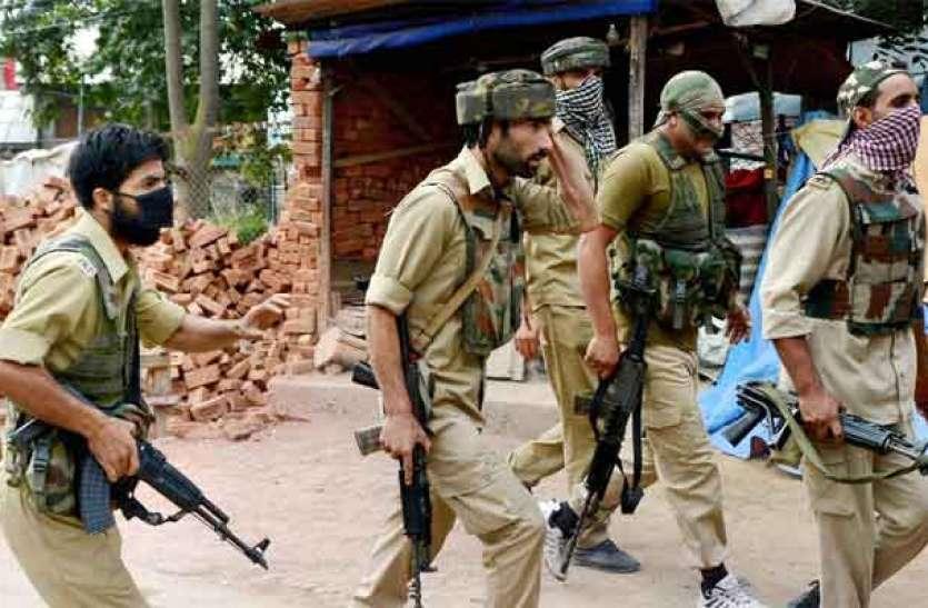 श्रीनगर में पुलिस टीम पर आतंकी हमला, मुठभेड़ में एक आतंकवादी हुआ ढेर