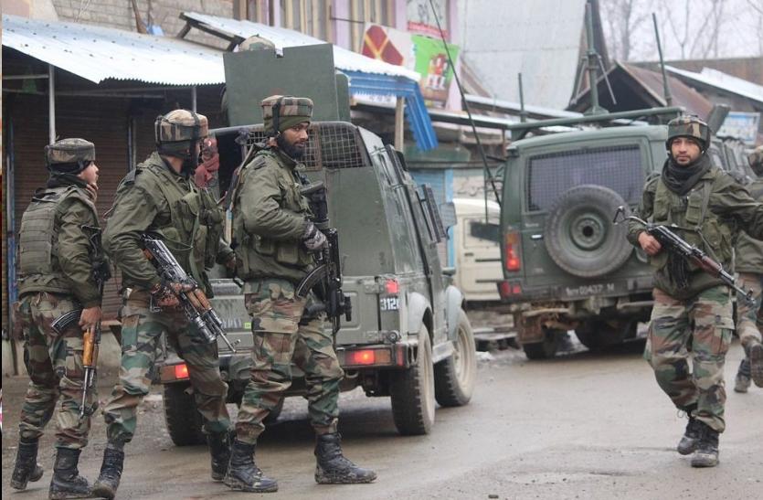 जम्मू-कश्मीर में आतंकियों के साथ एनकांउटर में एक जेसीओ समेत 5 जवान शहीद
