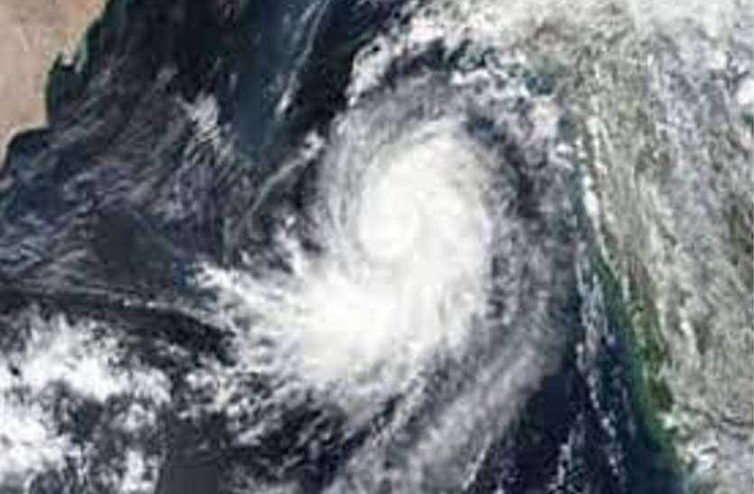 Weather News Updates : यूपी में 16 से 19 अक्टूबर के बीच दिखेगा चक्रवाती तूफान जवाद का असर, भारी बारिश के बाद फिर शुरू होगी ठंड