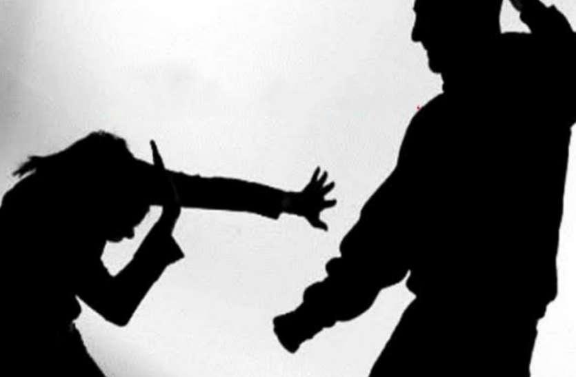 इस प्रकार कोई पत्नी को घर से निकालता है, जैसा इसने निकाला, मामला पुलिस के पास पहुंचा