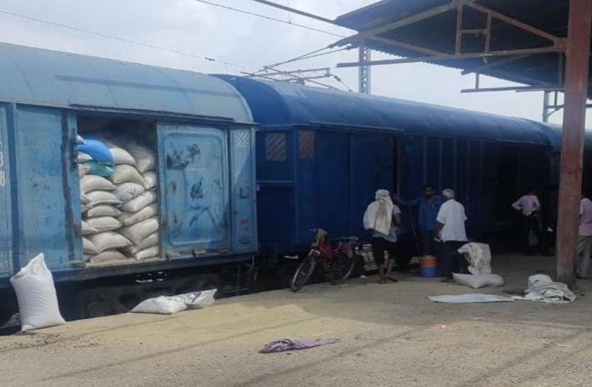 रेलवे ने एक रैक से कमाए 37 लाख 80 हजार रुपए