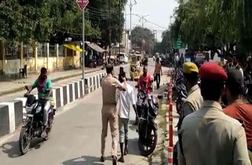 न्याय के लिए वाहन के सामने आया युवक तो एसपी ने सरेआम जड़ा थप्पड़
