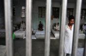 डेटा स्टोरी : विदेशी जेलों में बंद 7890 भारतीय नागरिक, सबसे ज्यादा कैदी खाड़ी देशों में