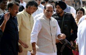भूमि अधिग्रहण: राजनाथ सिंह बने Modi सरकार के संकटमोचक