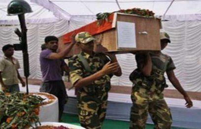 गढ़चिरौली में नक्सलियों से मुठभेड़ में 2 पुलिस कर्मी शहीद