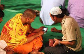 2050 तक आबादी के हिसाब से तीसरे नंबर पर होंगे हिंदू: Report