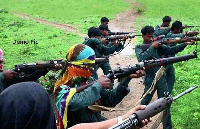 ओडिशा में 80 नक्सलियों ने किया समर्पण