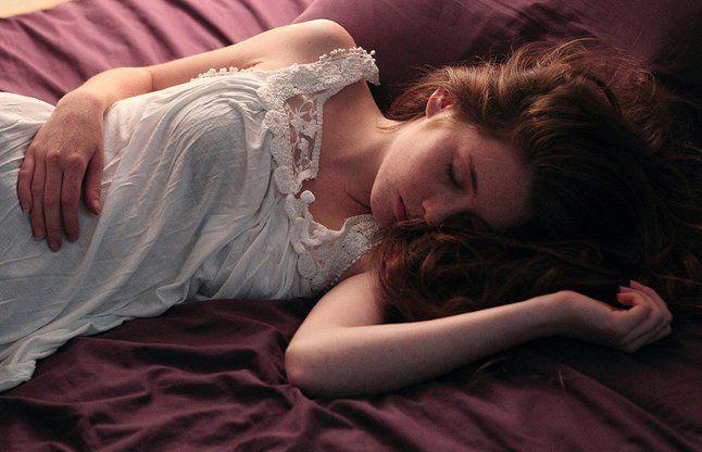 5 ज्योतिष के उपाय जो बचाएंगे डरावने सपने व नींद की बीमारियों  से