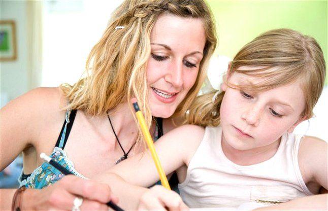 बच्चों पर पढ़ाई का दबाव बनाना सही नहीं