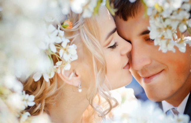 शादी के बाद नव विवाहित जोड़े घर सजाएं ऎसे