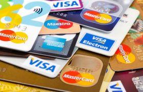 इन 10 क्रेडिट कार्ड्स पर नहीं देनी पड़ती एनुअल फीस
