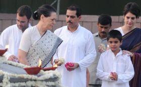 रॉबर्ट वाड्रा और प्रियंका गांधी भी जाएंगे सोनिया-राहुल के साथ