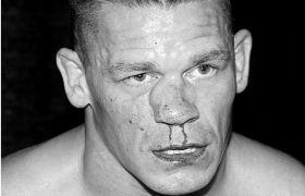 WWE: फाइट के दौरान नाक तुड़वा बैठे जॉन सिना, मैच जीता