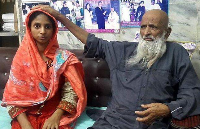 हर कीमत पर बेटी को पाकिस्तान से वापस लाएंगेः परिजन