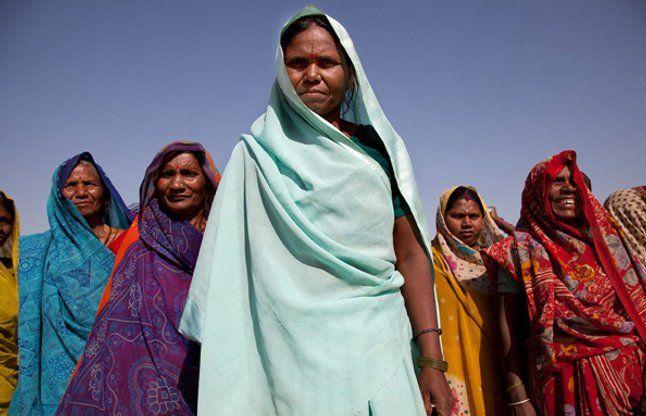 ग्रामीण भारत का सच, 2.3 करोड़ घरों में महिलाएं मुखिया!