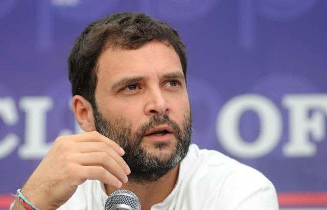 चाय वाले से 15 लाख का सूट पहनने वाले हो गए है PM मोदी: राहुल