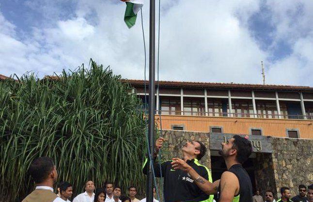 टीम इंडिया ने श्रीलंका में फहराया तिरंगा, गाया राष्ट्रगान