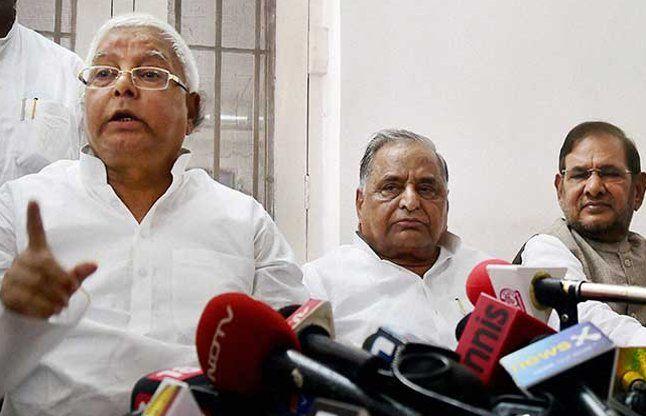BJP के खिलाफ महागठबंधन बनाने में जुटे लालू, पटना में बुलाई रैली