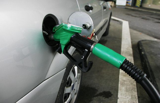 डीजल की कीमत में बढ़ोतरी, पेट्रोल के नहीं बढ़े दाम
