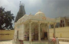 200 साल पुराना है सिक्के वाला मंदिर