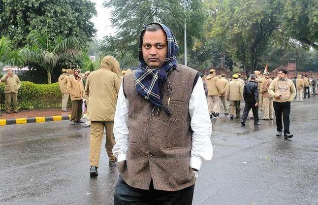घरेलू हिंसा केस: दिल्ली के पूर्व कानून मंत्री भारती ने किया सरेंडर