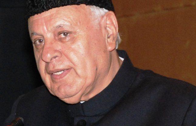 एटम बम से ना डराएं, कश्मीर कभी पाक का नहीं था: फारूक अब्दुल्ला
