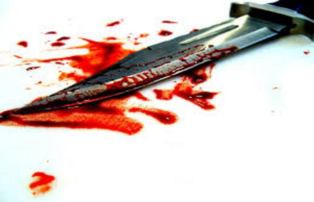 आजमगढ़ : युवक की गला रेतकर हत्या, मचा हडक़म्प