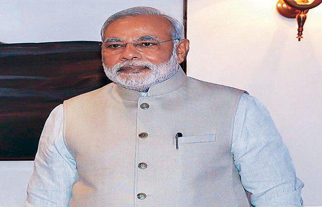 PM मोदी के संसदीय क्षेत्र में BJP से 300 इस्तीफे