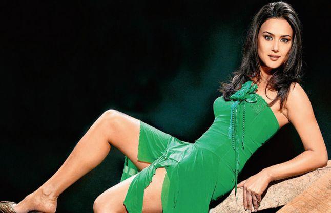 ट्वीट कर बोली प्रीति जिंटा- अभी नहीं कर रही शादी