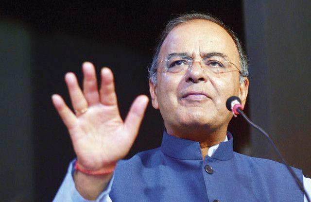 GST पर राहुल ने दिए तीन सुझाव, जेटली ने बताया हास्यास्पद