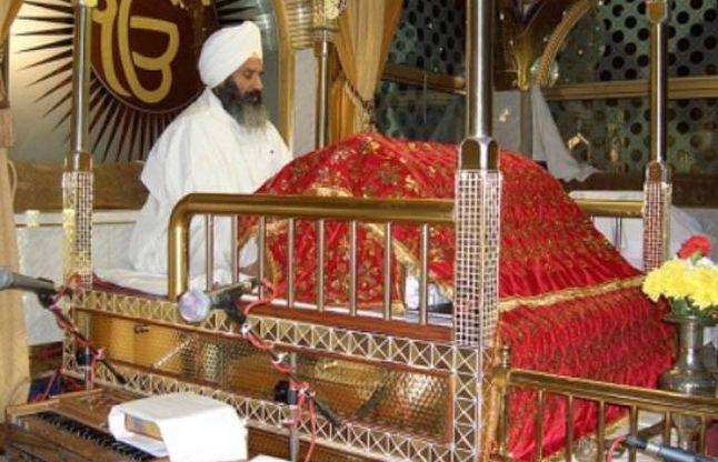 पाकिस्तान में 73 साल बाद खोला गया श्रद्धालुओं के लिए गुरुद्वारा
