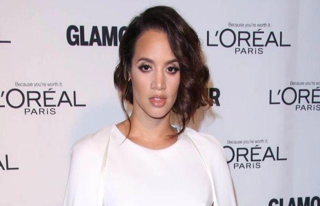 अमरीकी अभिनेत्री ने बाल खींच कर एक लड़की को पीटा