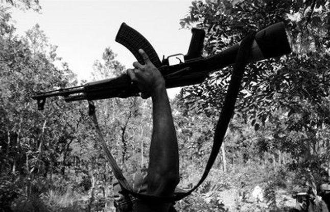 माओवादी डिंबा पाहन ने किया सरेंडर,1999 में पहली बार गया था जेल