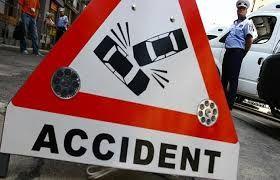 दो सड़क दुर्घटनाओं में एक की मौत और तीन घायल