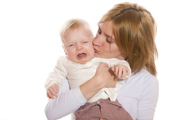 क्यों अत्यधिक रोता है आपका बच्चा, कही आप भी कारणों से अनजान तो नहीं