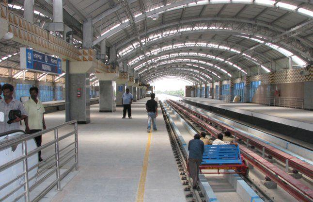 कोलकाता में मेट्रो स्टेशन के पास बम की चेतावनी झूठी निकली