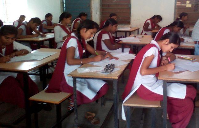 बोर्ड परीक्षा में पहले दिन नहीं बना नकल का कोई प्रकरण