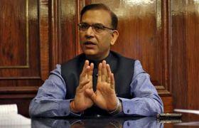 महंगाई जानने के लिए बाजार पहुंचे केंद्रीय मंत्री जयंत सिन्हा