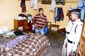 भांजी की हत्या कर मामा ने लगाई फांसी