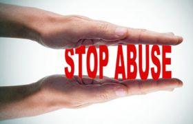 कलयुगी मां ने अपने Boy Friend से कराया बेटी का यौन शोषण