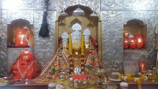 बगलामुखी मंदिर में दूर होते हैं नेताओं के संकट
