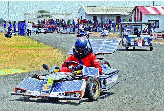 FIRST RACE: 75 किमी ट्रैक पर ऑडी जैसी दौड़ीं ये सोलर कार, ताइयो बनीं चैंपियन
