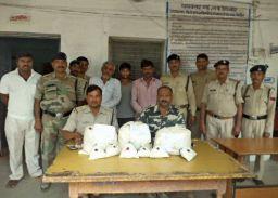 इन्दरगढ पुलिस ने पकडा 80 हजार का गांजा, तीन आरोपी गिफ्तार