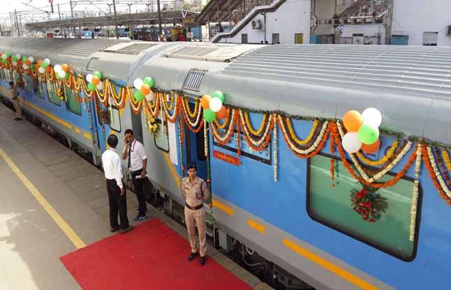 gatimaan express high speed train agra delhi