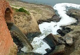 मोदी जी, काशी में तीन गुना मैली हो गईं गंगा मईया