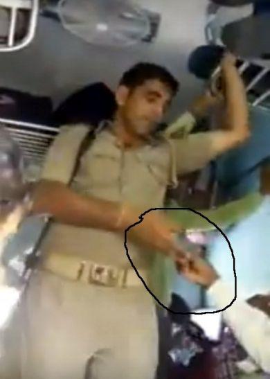 वायरल हुआ वसूली का वीडियो,प्रभु की रेल में एेसे लुटते हैं यात्री