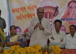 काम कराने लेना पड़ता है सत्ता का सहारा:जयंत मलैया