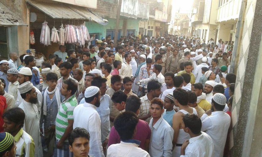 आजमगढ़ में फिर भड़की हिंसा, उपद्रवियों ने जमकर की तोड़फोड़